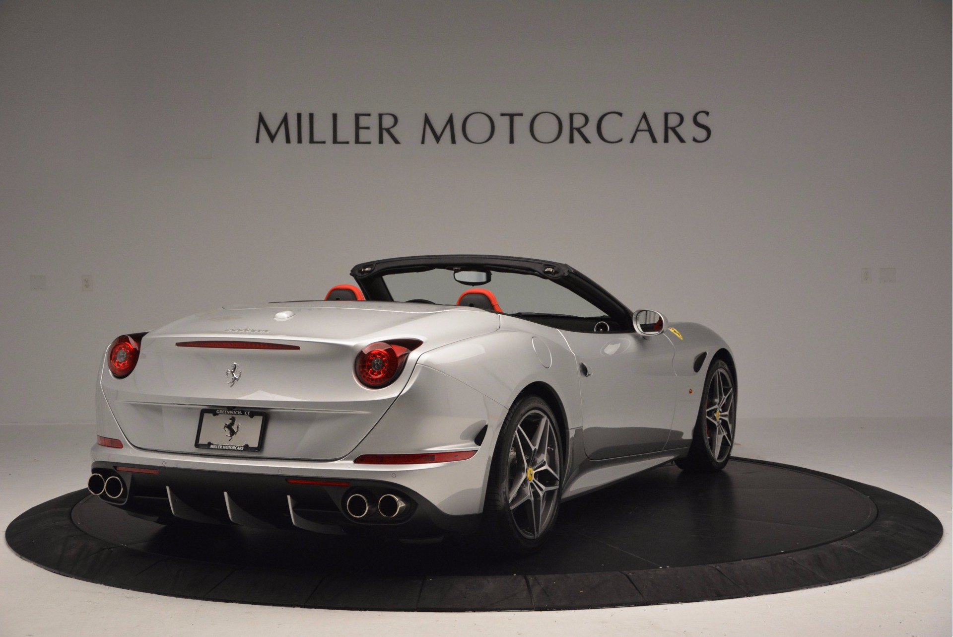 Used 2015 Ferrari California T  For Sale In Greenwich, CT. Alfa Romeo of Greenwich, 4562A 1808_p7