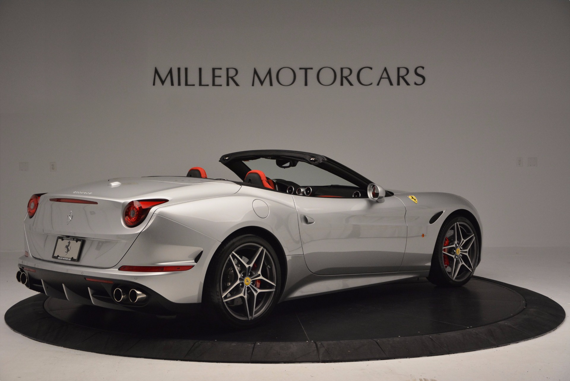 Used 2015 Ferrari California T  For Sale In Greenwich, CT. Alfa Romeo of Greenwich, 4562A 1808_p8