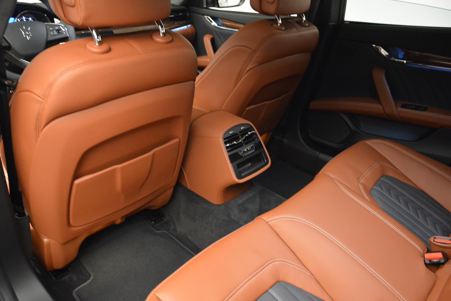 New 2018 Maserati Quattroporte S Q4 GranLusso For Sale In Greenwich, CT. Alfa Romeo of Greenwich, M1978 1816_p17
