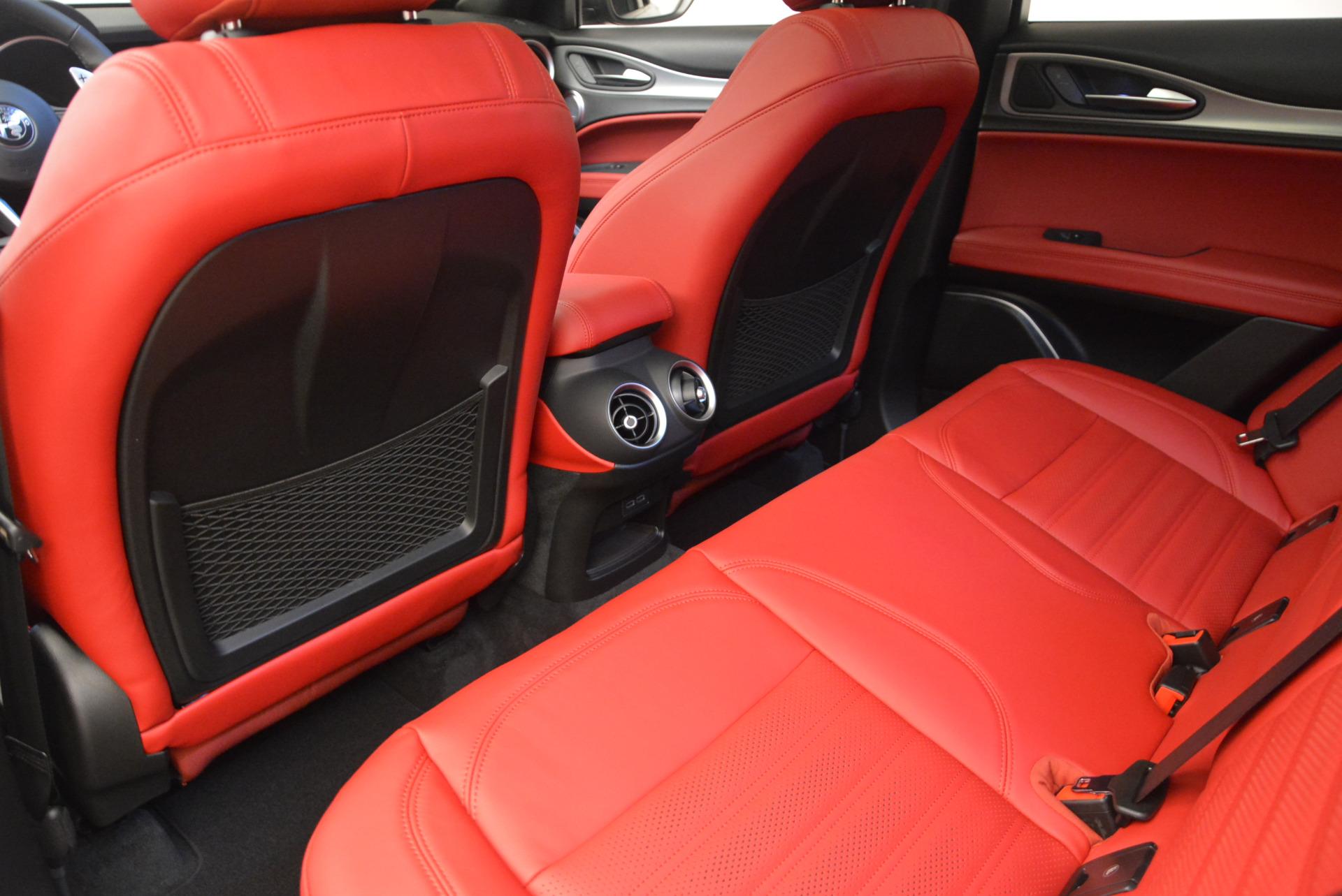New 2018 Alfa Romeo Stelvio Ti Sport Q4 For Sale In Greenwich, CT. Alfa Romeo of Greenwich, L310 1821_p19
