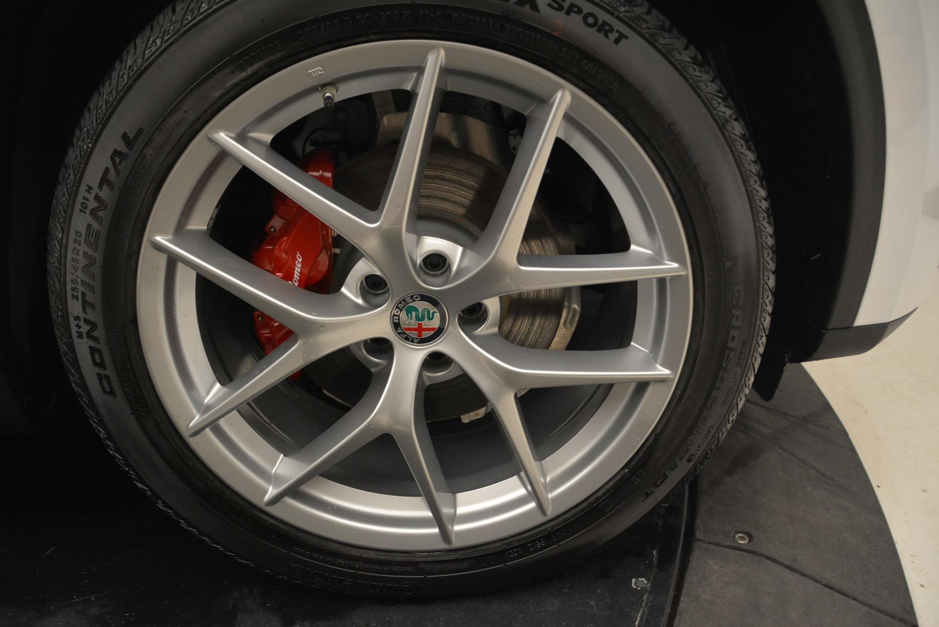 New 2018 Alfa Romeo Stelvio Ti Sport Q4 For Sale In Greenwich, CT. Alfa Romeo of Greenwich, L310 1821_p25