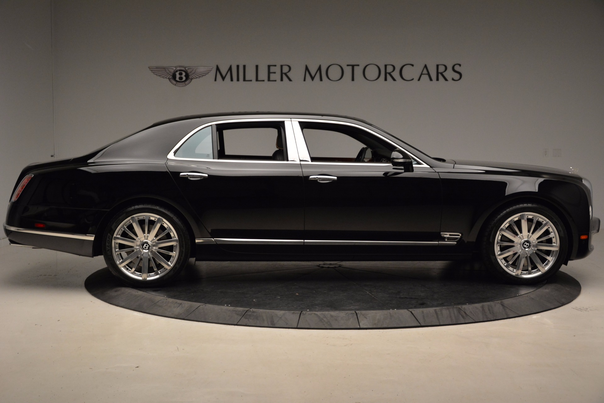 Used 2016 Bentley Mulsanne  For Sale In Greenwich, CT. Alfa Romeo of Greenwich, A1234A 1826_p10