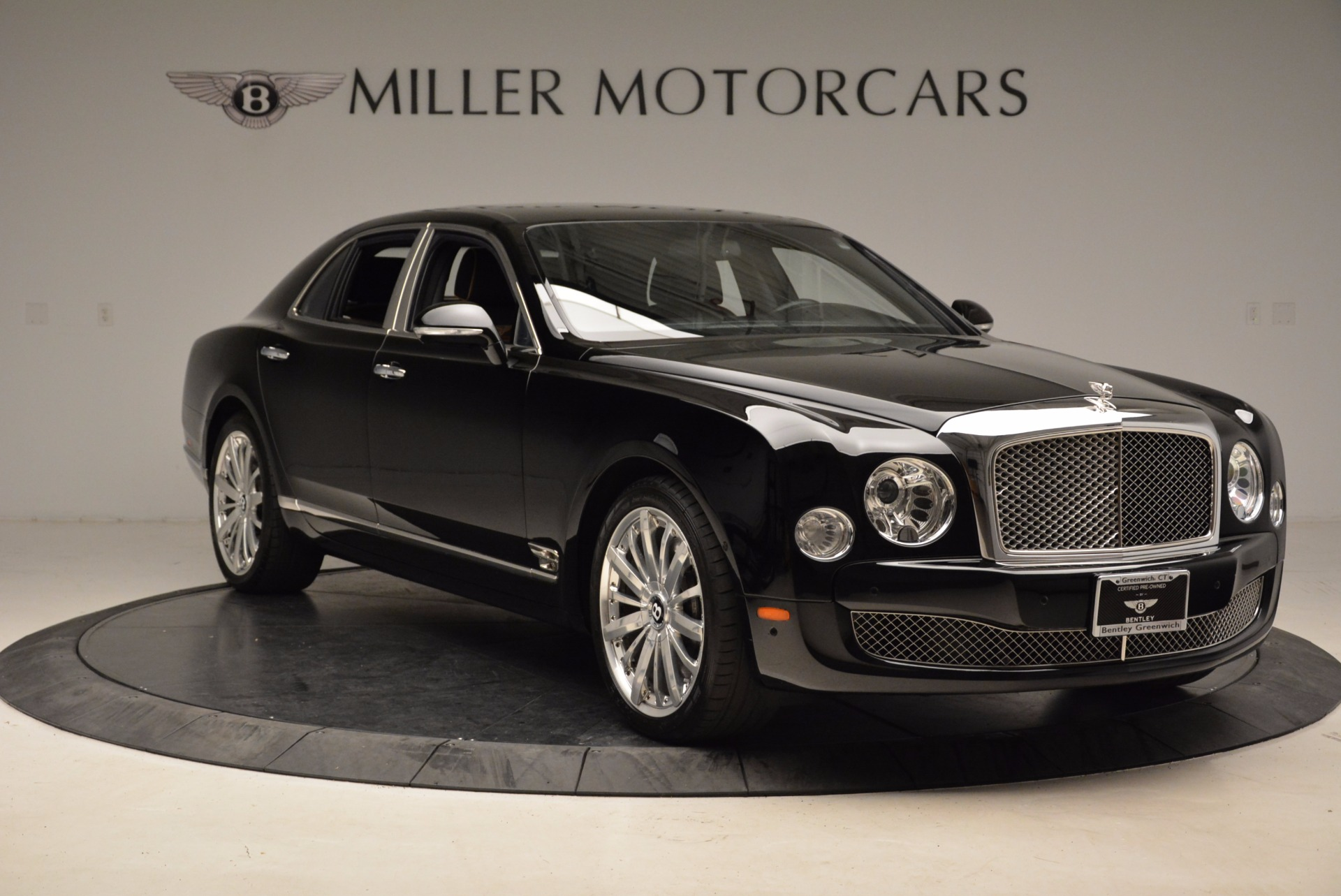 Used 2016 Bentley Mulsanne  For Sale In Greenwich, CT. Alfa Romeo of Greenwich, A1234A 1826_p12