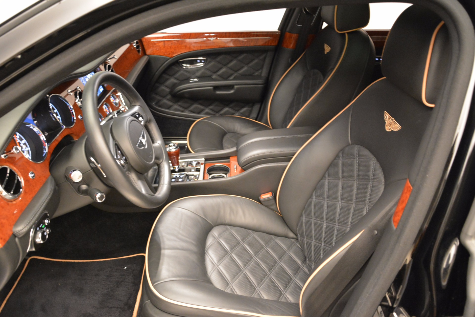 Used 2016 Bentley Mulsanne  For Sale In Greenwich, CT. Alfa Romeo of Greenwich, A1234A 1826_p25