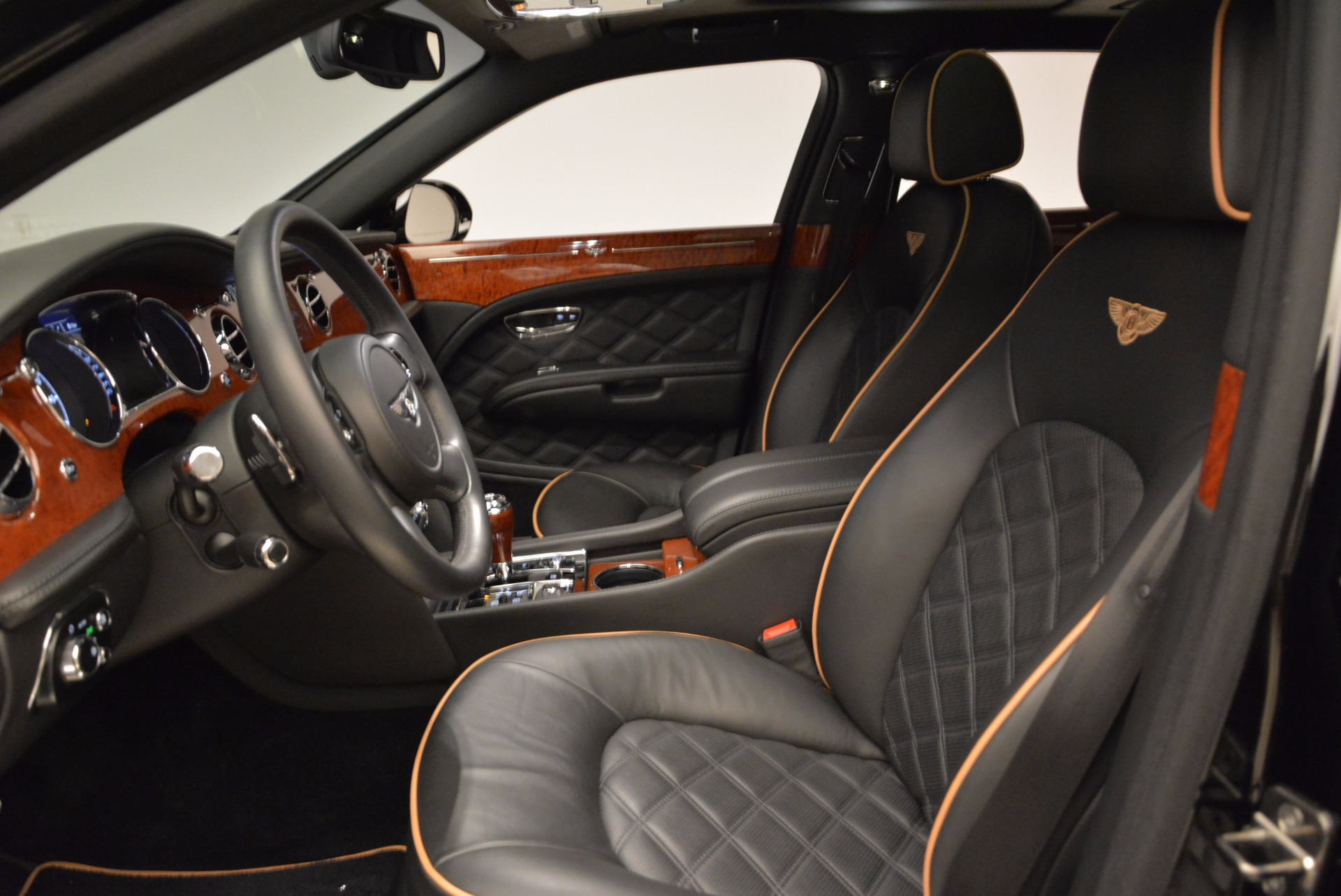 Used 2016 Bentley Mulsanne  For Sale In Greenwich, CT. Alfa Romeo of Greenwich, A1234A 1826_p26