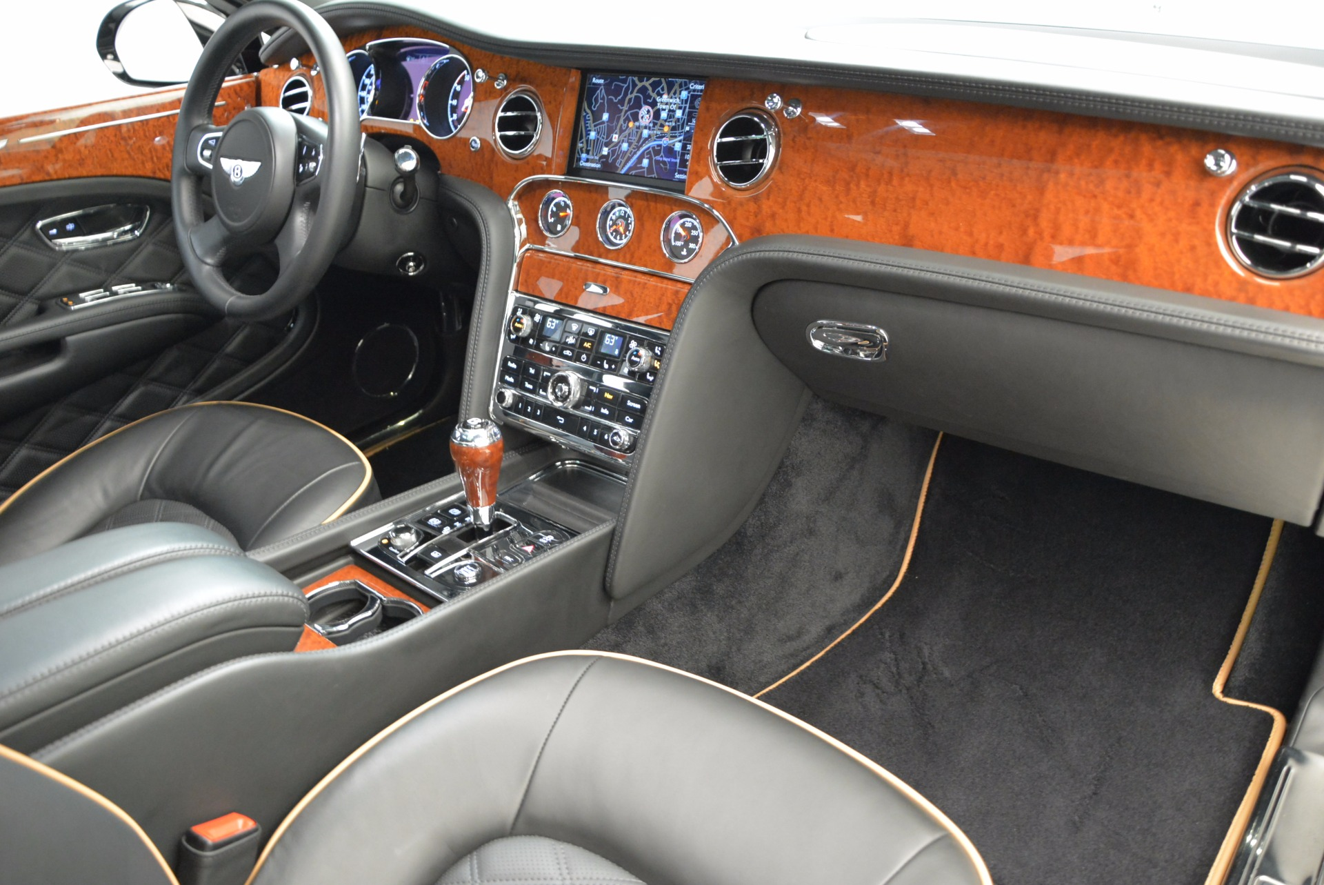 Used 2016 Bentley Mulsanne  For Sale In Greenwich, CT. Alfa Romeo of Greenwich, A1234A 1826_p38