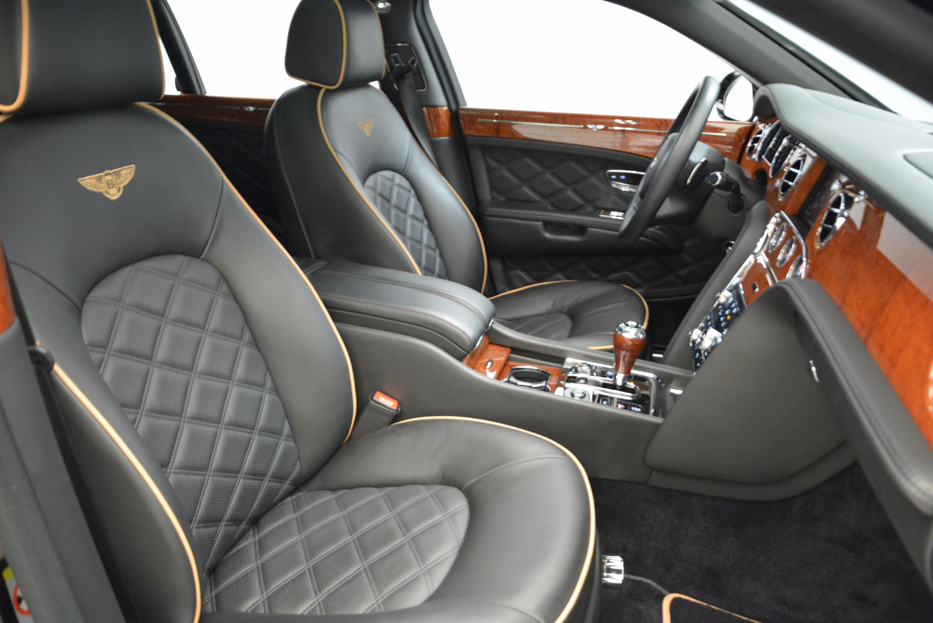 Used 2016 Bentley Mulsanne  For Sale In Greenwich, CT. Alfa Romeo of Greenwich, A1234A 1826_p39