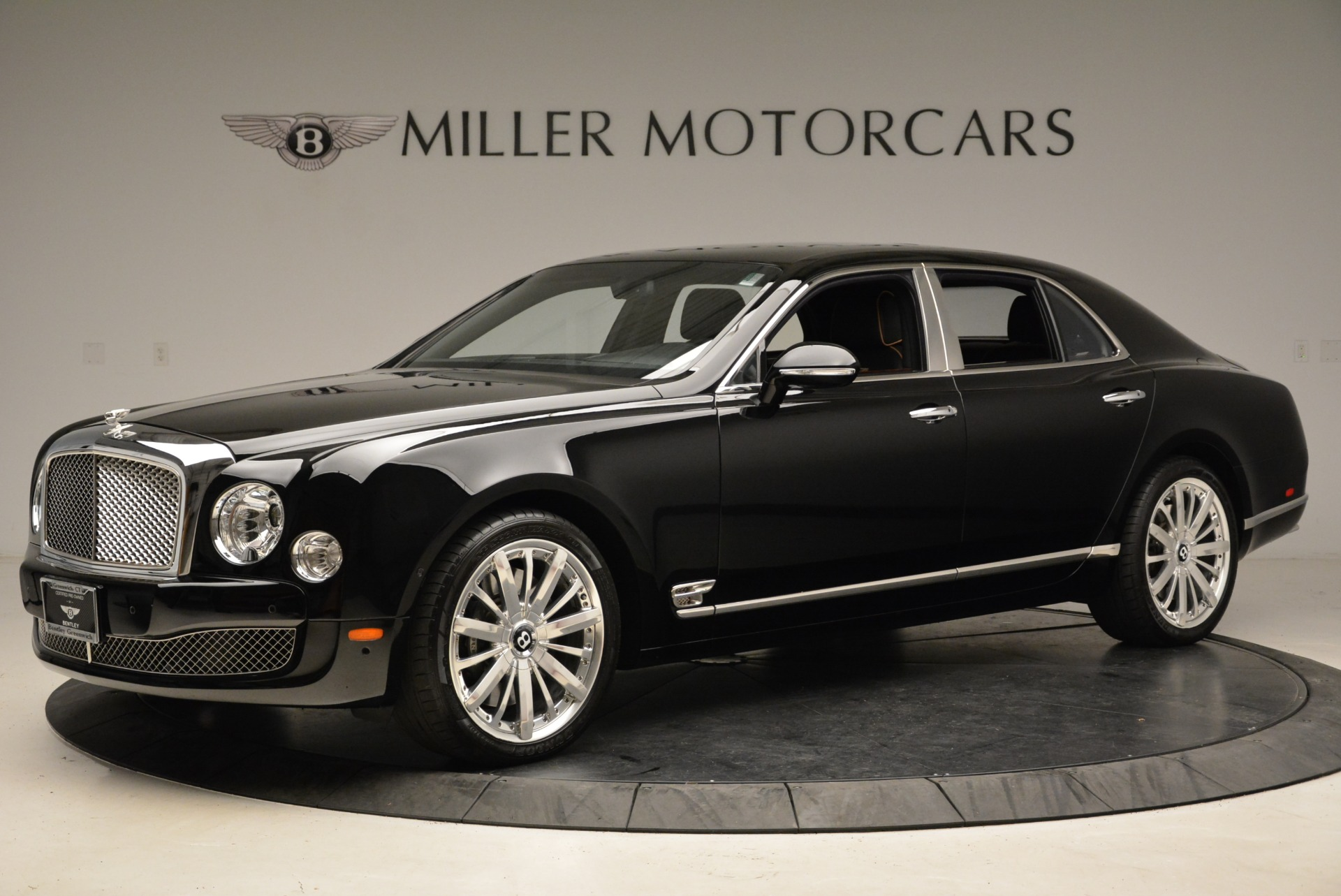 Used 2016 Bentley Mulsanne  For Sale In Greenwich, CT. Alfa Romeo of Greenwich, A1234A 1826_p3