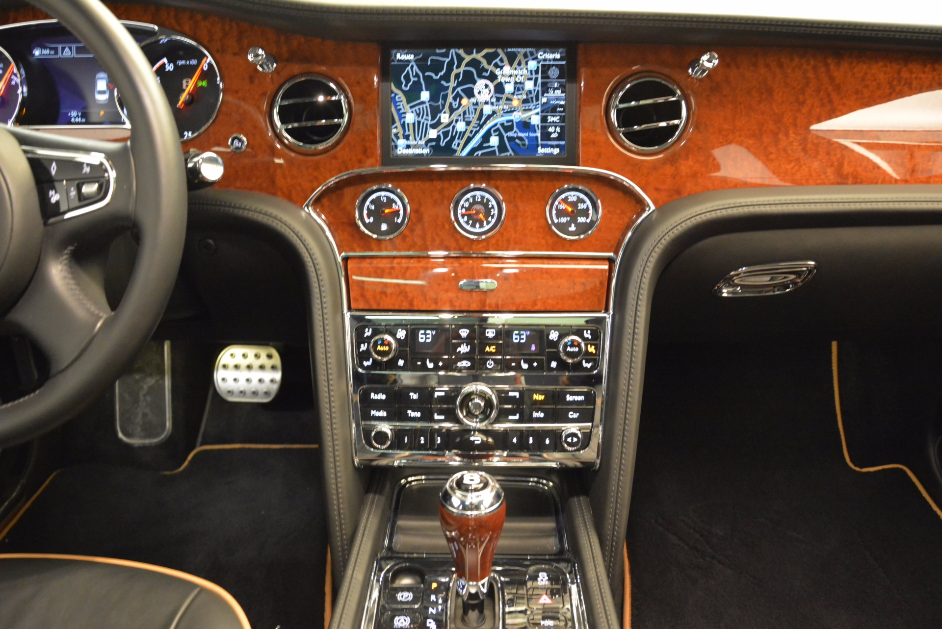 Used 2016 Bentley Mulsanne  For Sale In Greenwich, CT. Alfa Romeo of Greenwich, A1234A 1826_p47