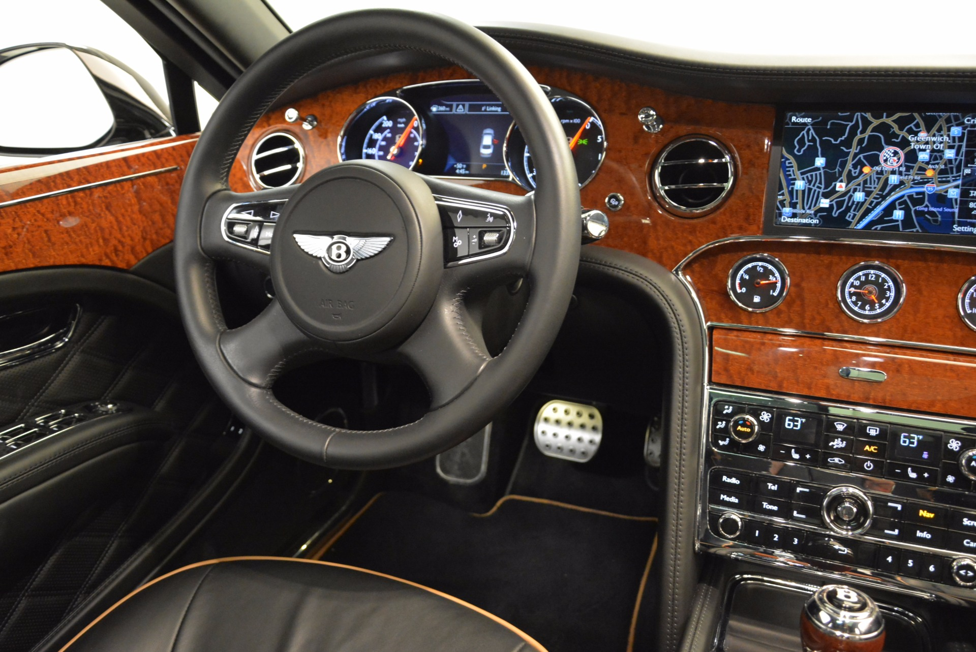 Used 2016 Bentley Mulsanne  For Sale In Greenwich, CT. Alfa Romeo of Greenwich, A1234A 1826_p51