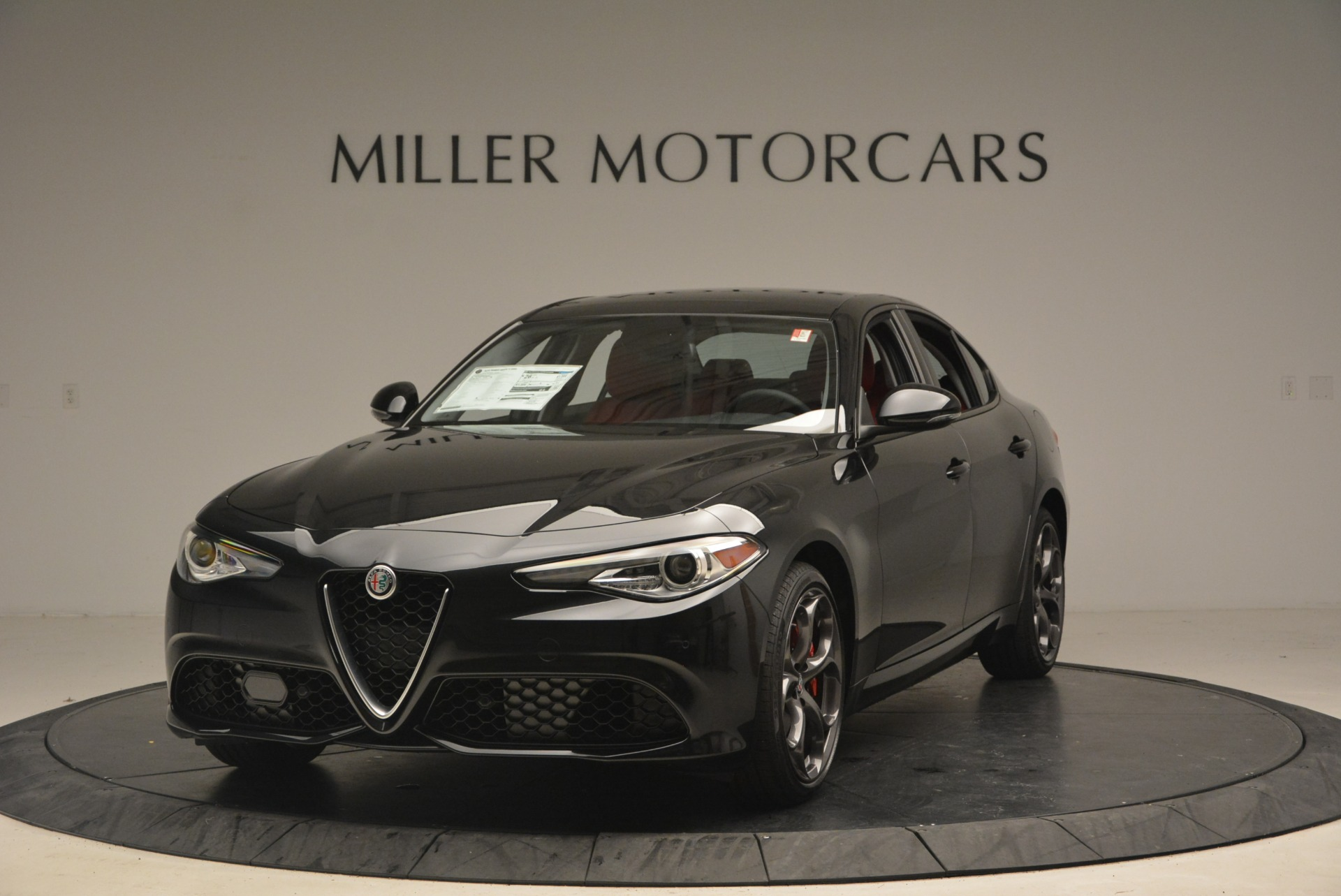 New 2018 Alfa Romeo Giulia Ti Sport Q4 For Sale In Greenwich, CT. Alfa Romeo of Greenwich, LW093