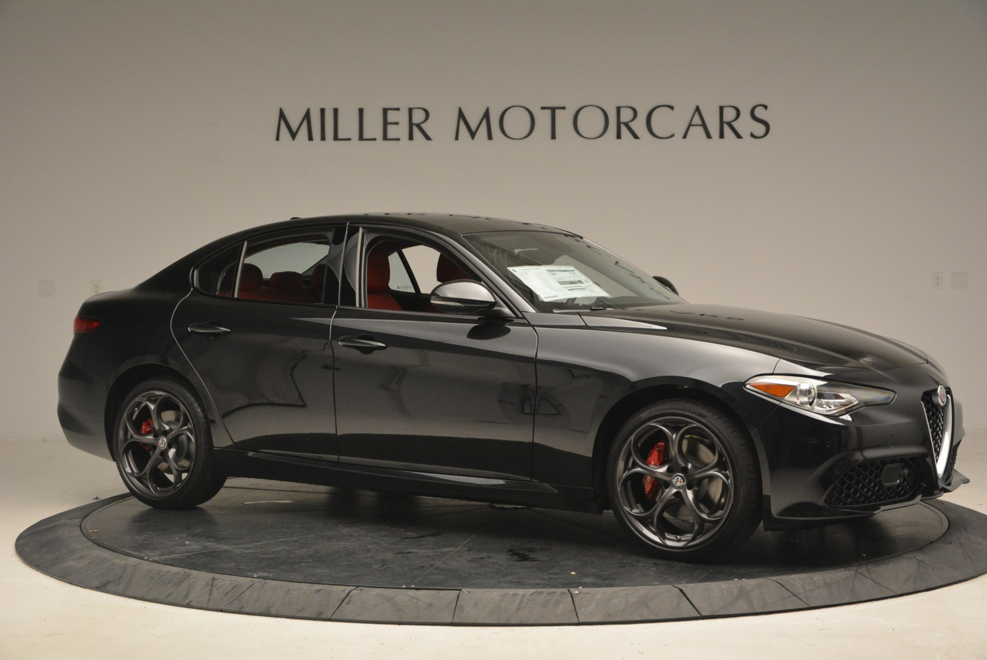 New 2018 Alfa Romeo Giulia Ti Sport Q4 For Sale In Greenwich, CT. Alfa Romeo of Greenwich, LW093 1830_p10