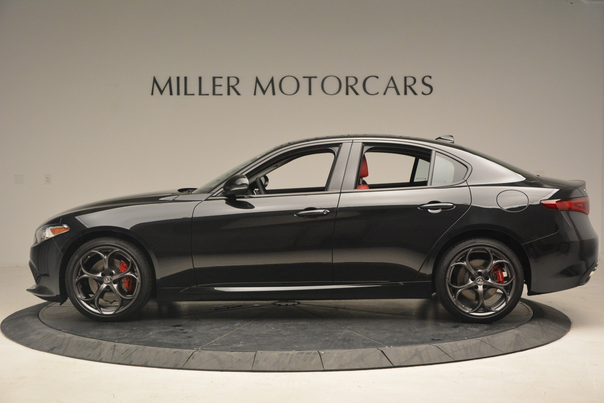 New 2018 Alfa Romeo Giulia Ti Sport Q4 For Sale In Greenwich, CT. Alfa Romeo of Greenwich, LW093 1830_p3