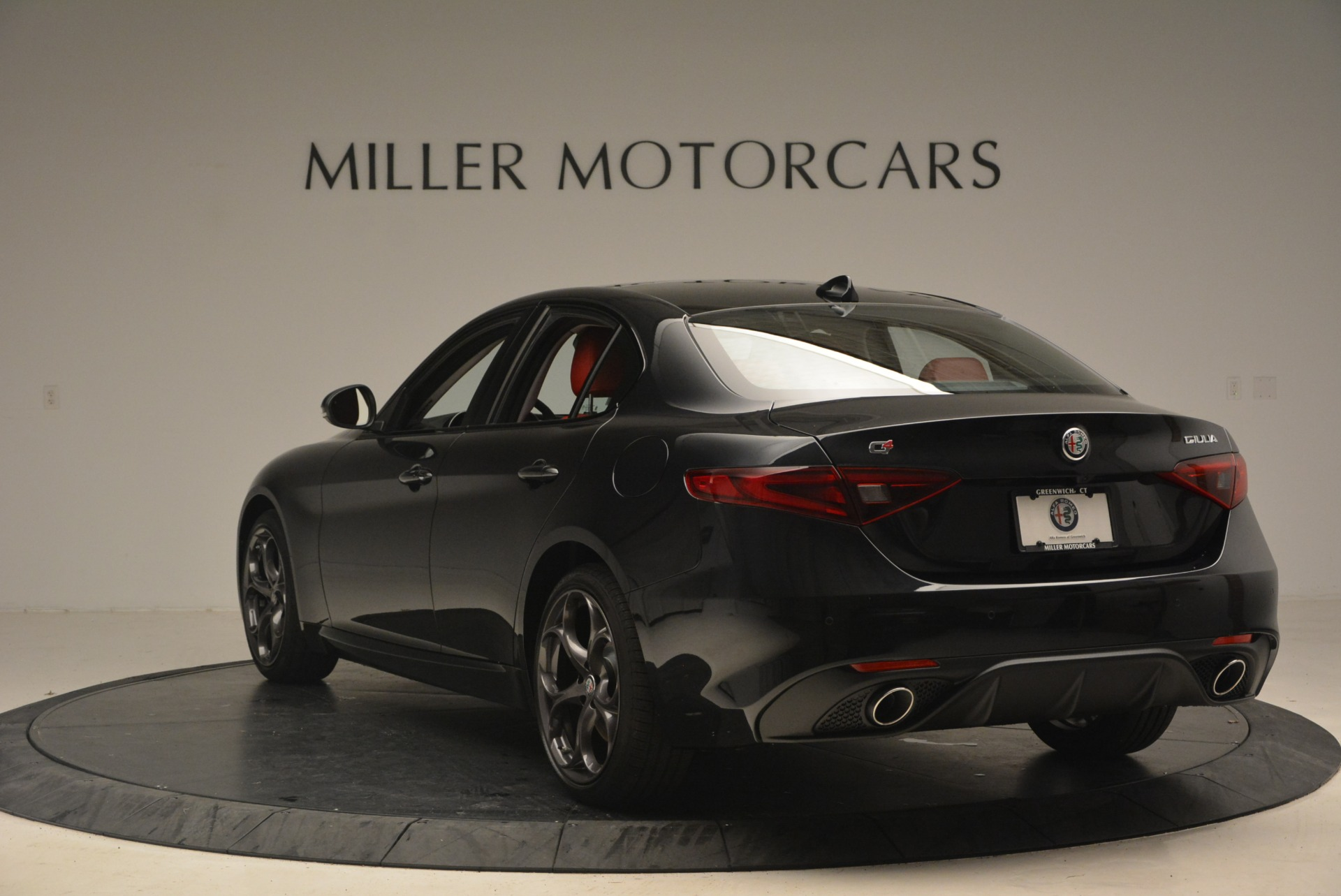 New 2018 Alfa Romeo Giulia Ti Sport Q4 For Sale In Greenwich, CT. Alfa Romeo of Greenwich, LW093 1830_p5