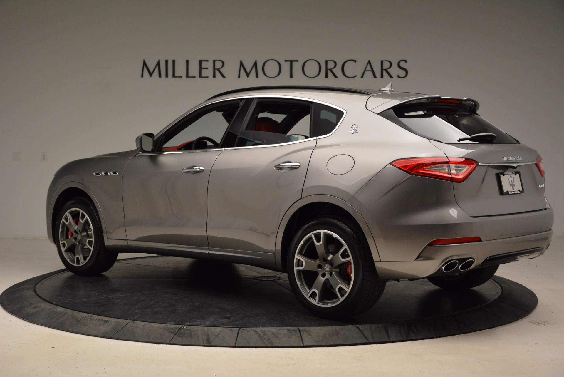 New 2017 Maserati Levante S Q4 For Sale In Greenwich, CT. Alfa Romeo of Greenwich, M1983 1832_p4