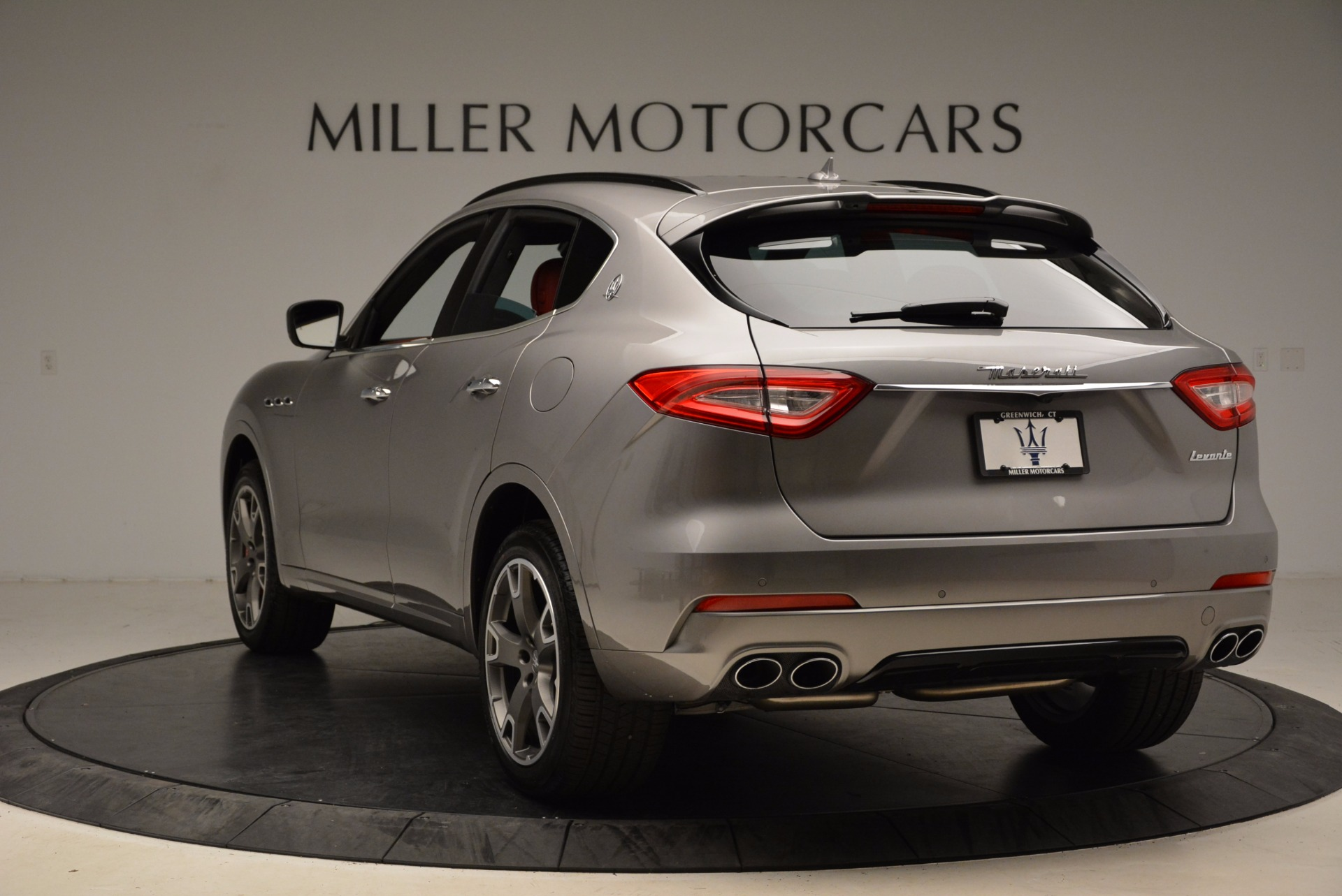 New 2017 Maserati Levante S Q4 For Sale In Greenwich, CT. Alfa Romeo of Greenwich, M1983 1832_p5