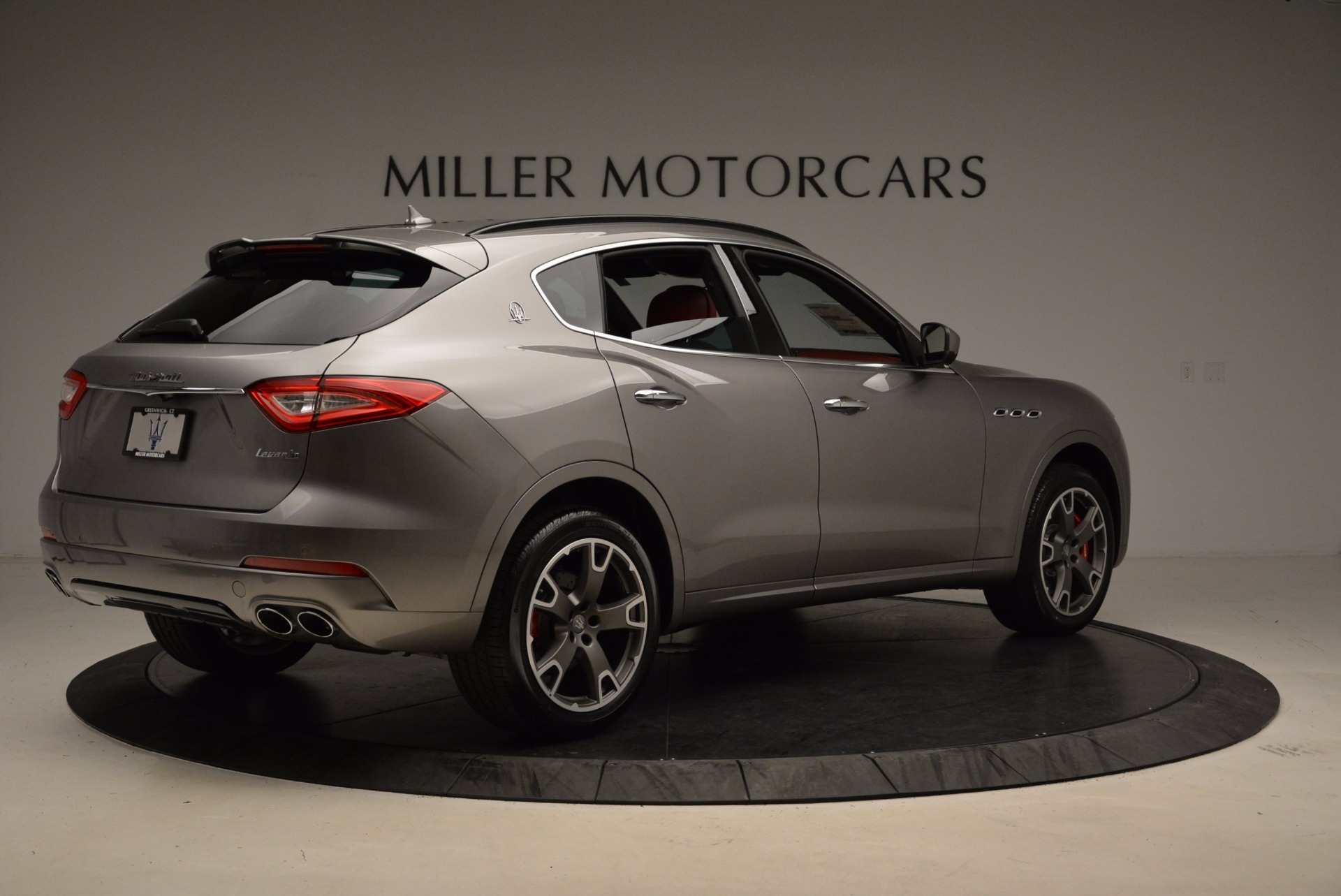 New 2017 Maserati Levante S Q4 For Sale In Greenwich, CT. Alfa Romeo of Greenwich, M1983 1832_p8