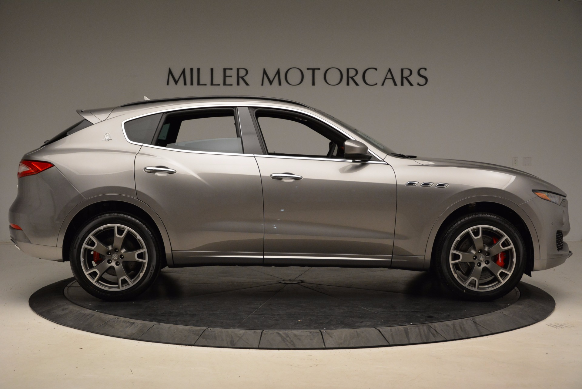 New 2017 Maserati Levante S Q4 For Sale In Greenwich, CT. Alfa Romeo of Greenwich, M1983 1832_p9
