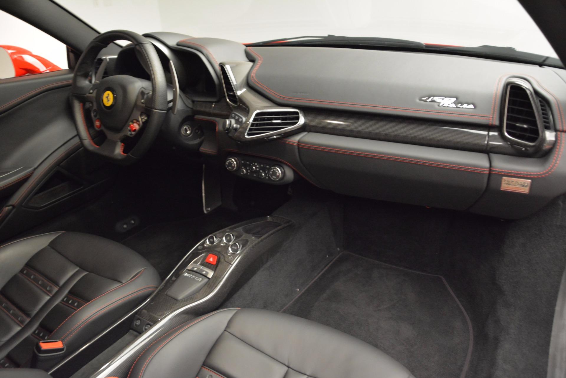 Used 2012 Ferrari 458 Italia  For Sale In Greenwich, CT. Alfa Romeo of Greenwich, 4438 1833_p17