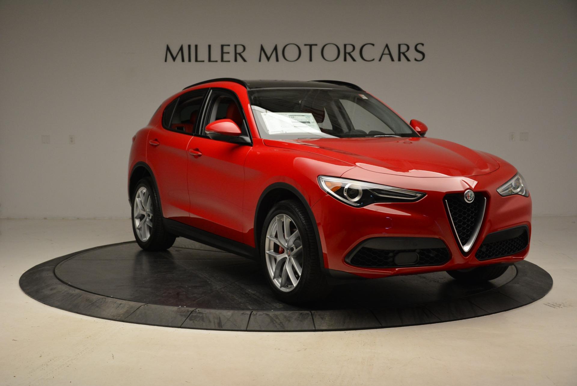 New 2018 Alfa Romeo Stelvio Sport Q4 For Sale In Greenwich, CT. Alfa Romeo of Greenwich, LW100 1834_p11