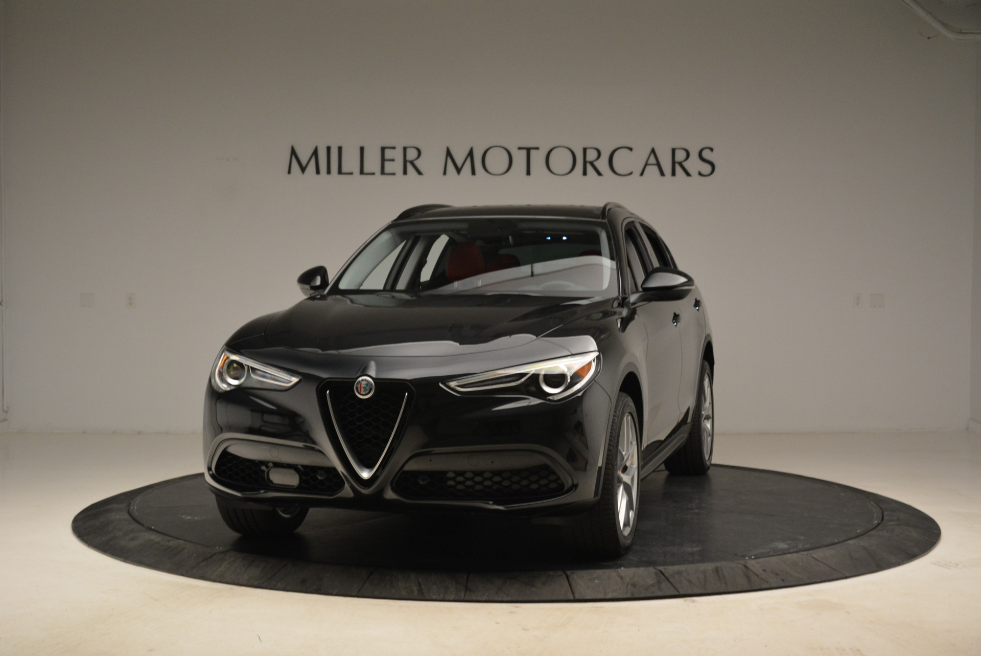 New 2018 Alfa Romeo Stelvio Sport Q4 For Sale In Greenwich, CT. Alfa Romeo of Greenwich, L314 1838_main
