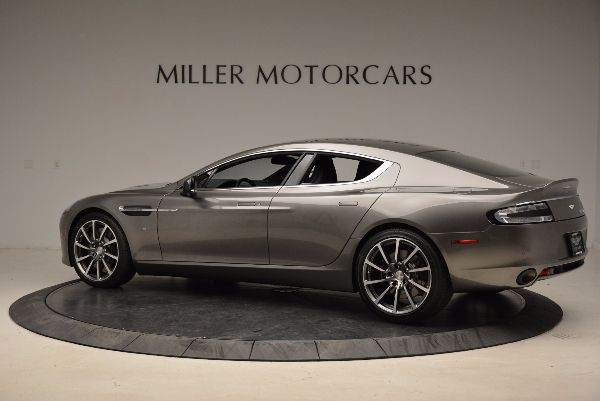 Used 2017 Aston Martin Rapide S Sedan For Sale In Greenwich, CT. Alfa Romeo of Greenwich, A1260B 1843_p4
