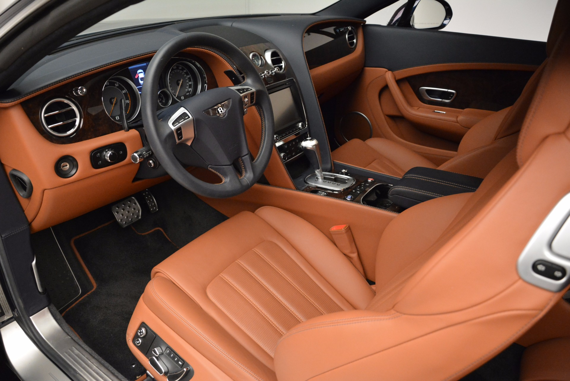 Used 2014 Bentley Continental GT W12 For Sale In Greenwich, CT. Alfa Romeo of Greenwich, 7306 1845_p22
