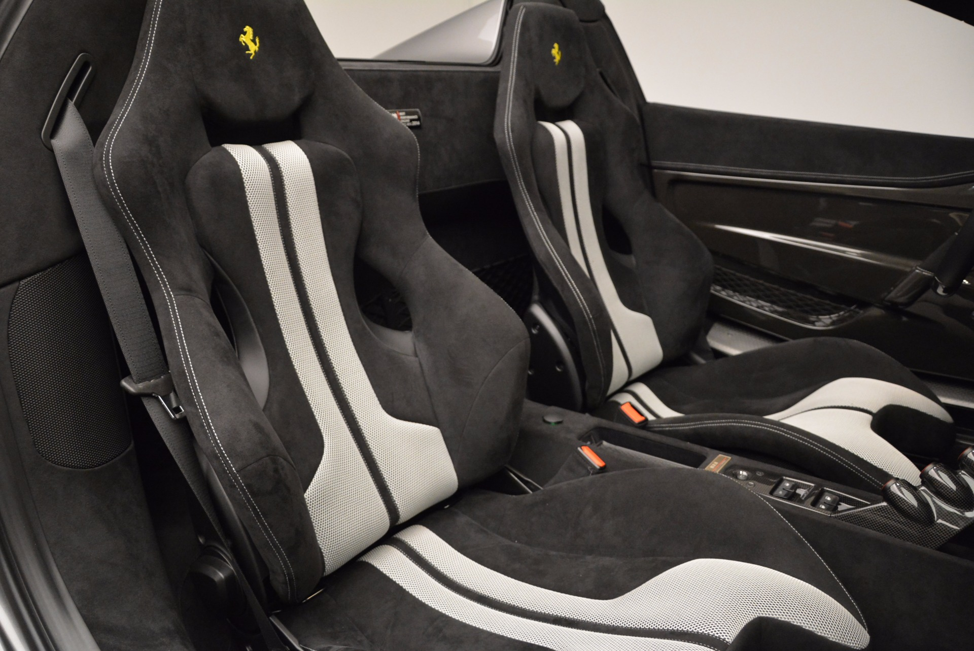 Used 2015 Ferrari 458 Speciale Aperta  For Sale In Greenwich, CT. Alfa Romeo of Greenwich, 4439 1847_p32