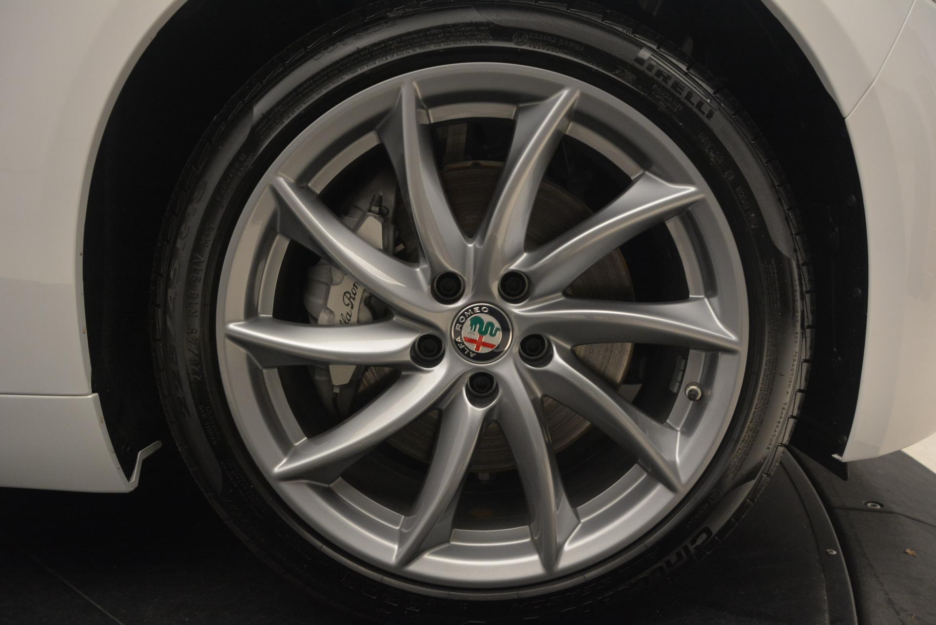New 2018 Alfa Romeo Giulia Q4 For Sale In Greenwich, CT. Alfa Romeo of Greenwich, LW101 1848_p25