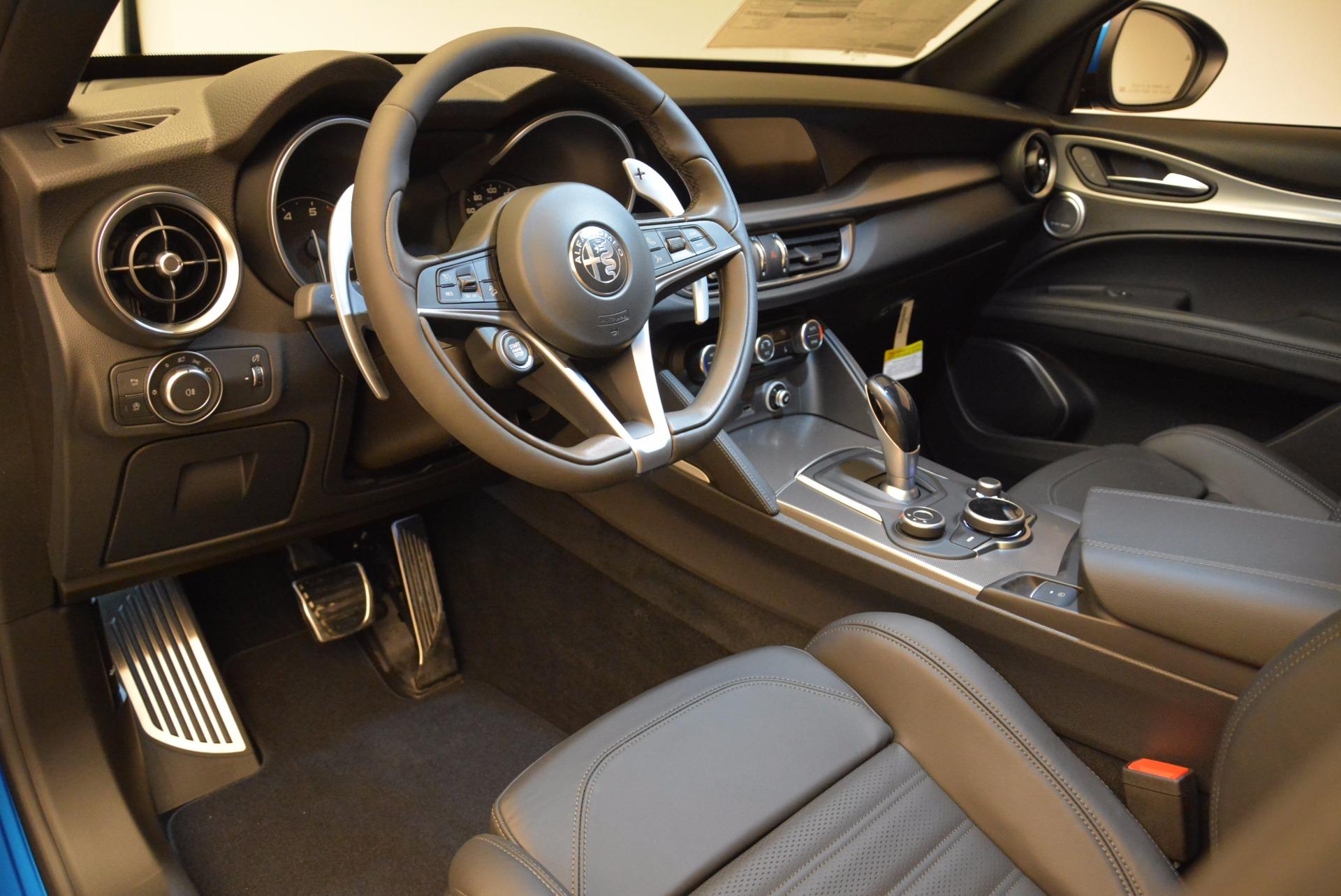 New 2018 Alfa Romeo Stelvio Ti Sport Q4 For Sale In Greenwich, CT. Alfa Romeo of Greenwich, L320 1849_p13