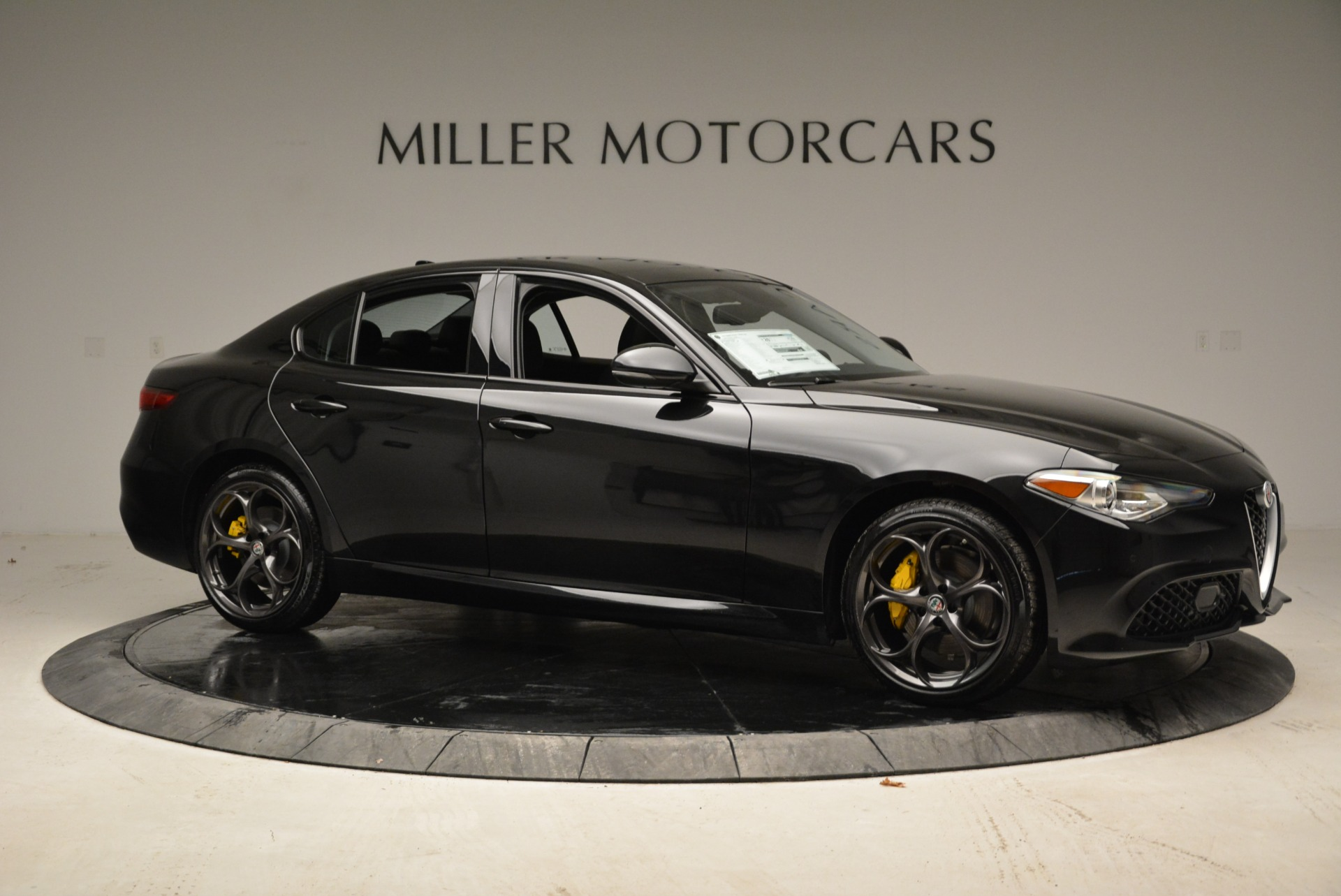 New 2018 Alfa Romeo Giulia Ti Sport Q4 For Sale In Greenwich, CT. Alfa Romeo of Greenwich, L317 1852_p10