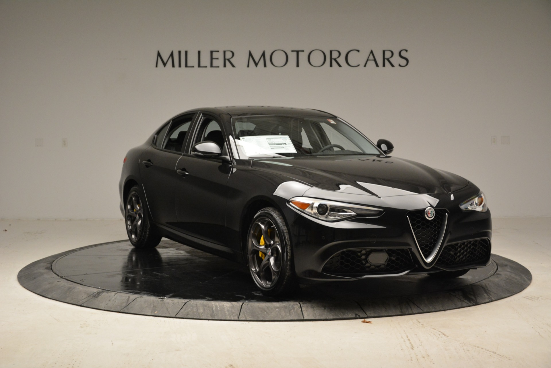 New 2018 Alfa Romeo Giulia Ti Sport Q4 For Sale In Greenwich, CT. Alfa Romeo of Greenwich, L317 1852_p11