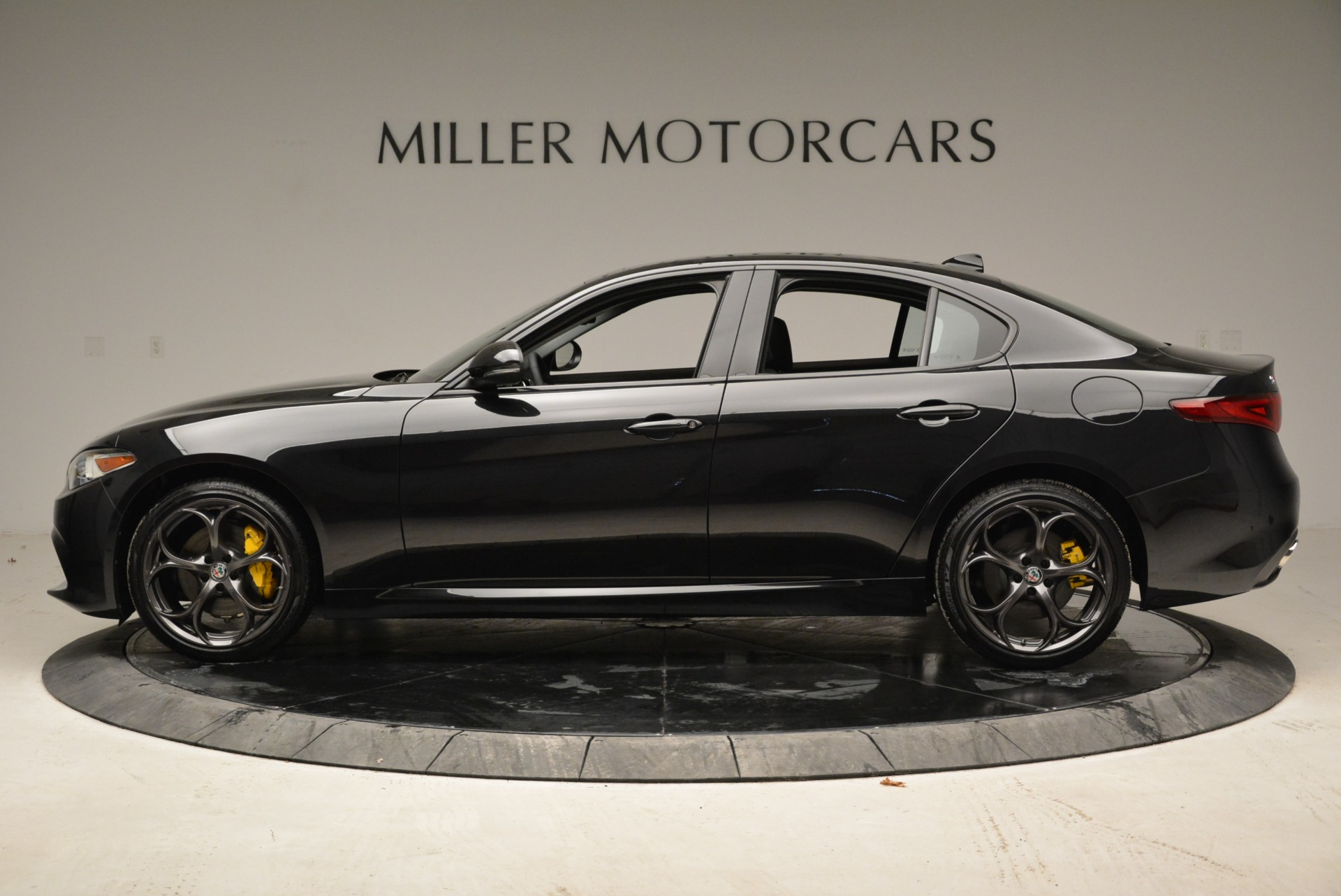 New 2018 Alfa Romeo Giulia Ti Sport Q4 For Sale In Greenwich, CT. Alfa Romeo of Greenwich, L317 1852_p3