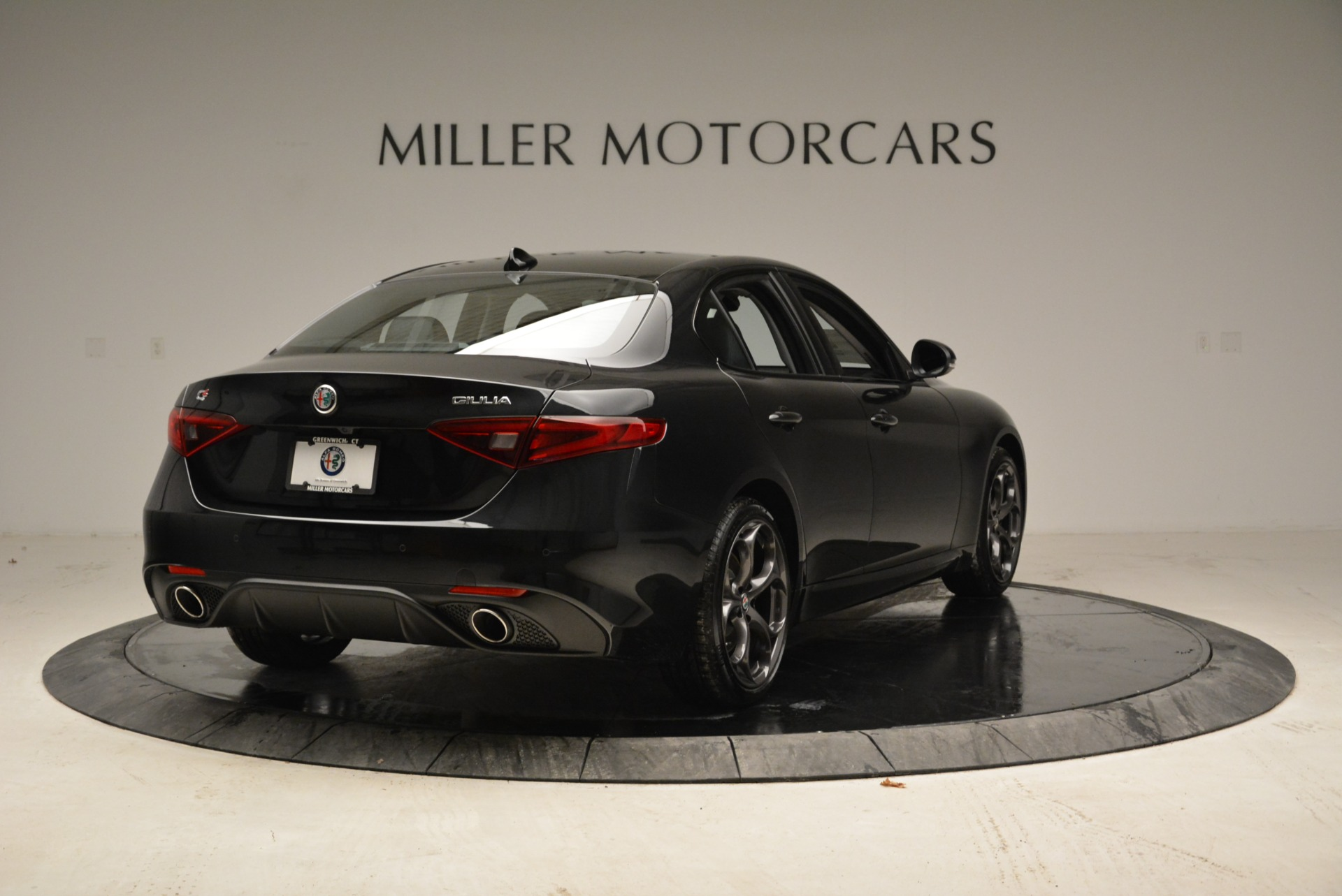 New 2018 Alfa Romeo Giulia Ti Sport Q4 For Sale In Greenwich, CT. Alfa Romeo of Greenwich, L317 1852_p7