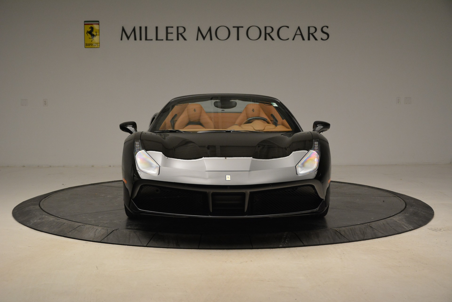Used 2017 Ferrari 488 Spider  For Sale In Greenwich, CT. Alfa Romeo of Greenwich, 4444 1853_p12