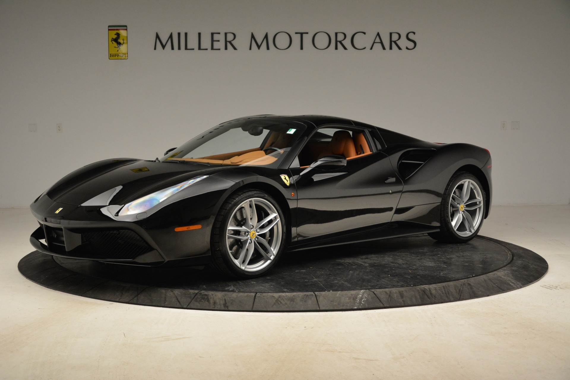 Used 2017 Ferrari 488 Spider  For Sale In Greenwich, CT. Alfa Romeo of Greenwich, 4444 1853_p25
