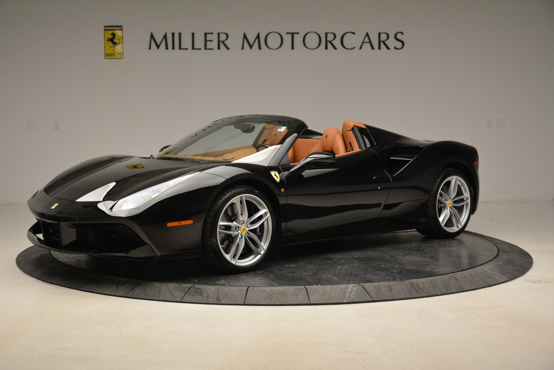 Used 2017 Ferrari 488 Spider  For Sale In Greenwich, CT. Alfa Romeo of Greenwich, 4444 1853_p2