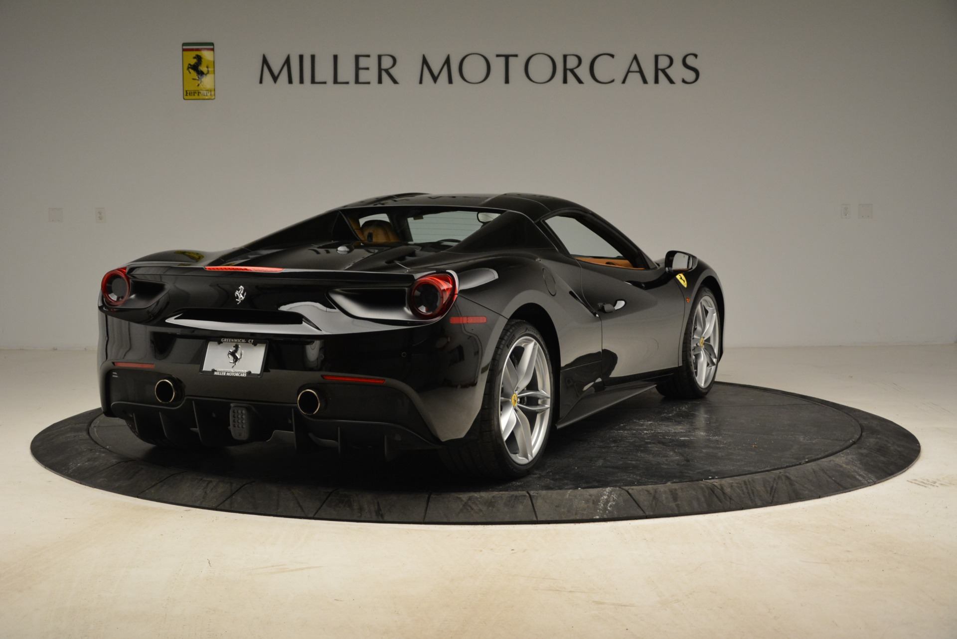 Used 2017 Ferrari 488 Spider  For Sale In Greenwich, CT. Alfa Romeo of Greenwich, 4444 1853_p30