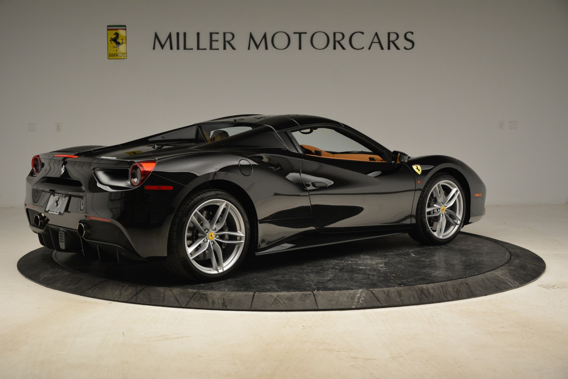 Used 2017 Ferrari 488 Spider  For Sale In Greenwich, CT. Alfa Romeo of Greenwich, 4444 1853_p31