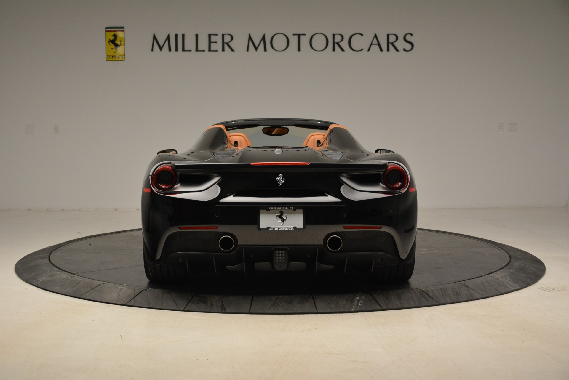 Used 2017 Ferrari 488 Spider  For Sale In Greenwich, CT. Alfa Romeo of Greenwich, 4444 1853_p6