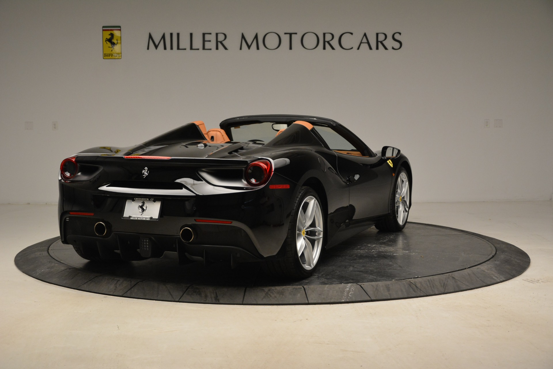 Used 2017 Ferrari 488 Spider  For Sale In Greenwich, CT. Alfa Romeo of Greenwich, 4444 1853_p7