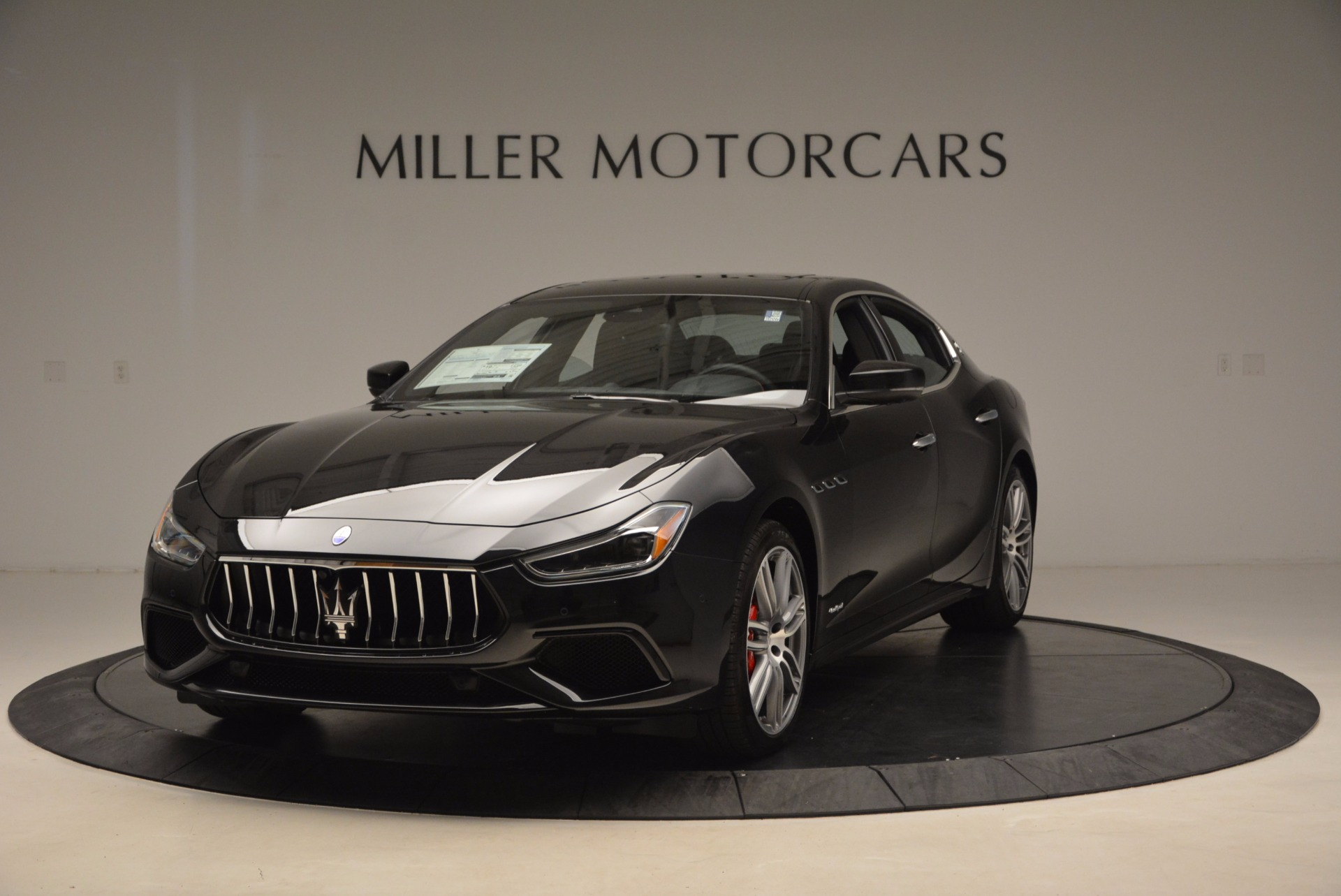 New 2018 Maserati Ghibli S Q4 Gransport For Sale In Greenwich, CT. Alfa Romeo of Greenwich, W541