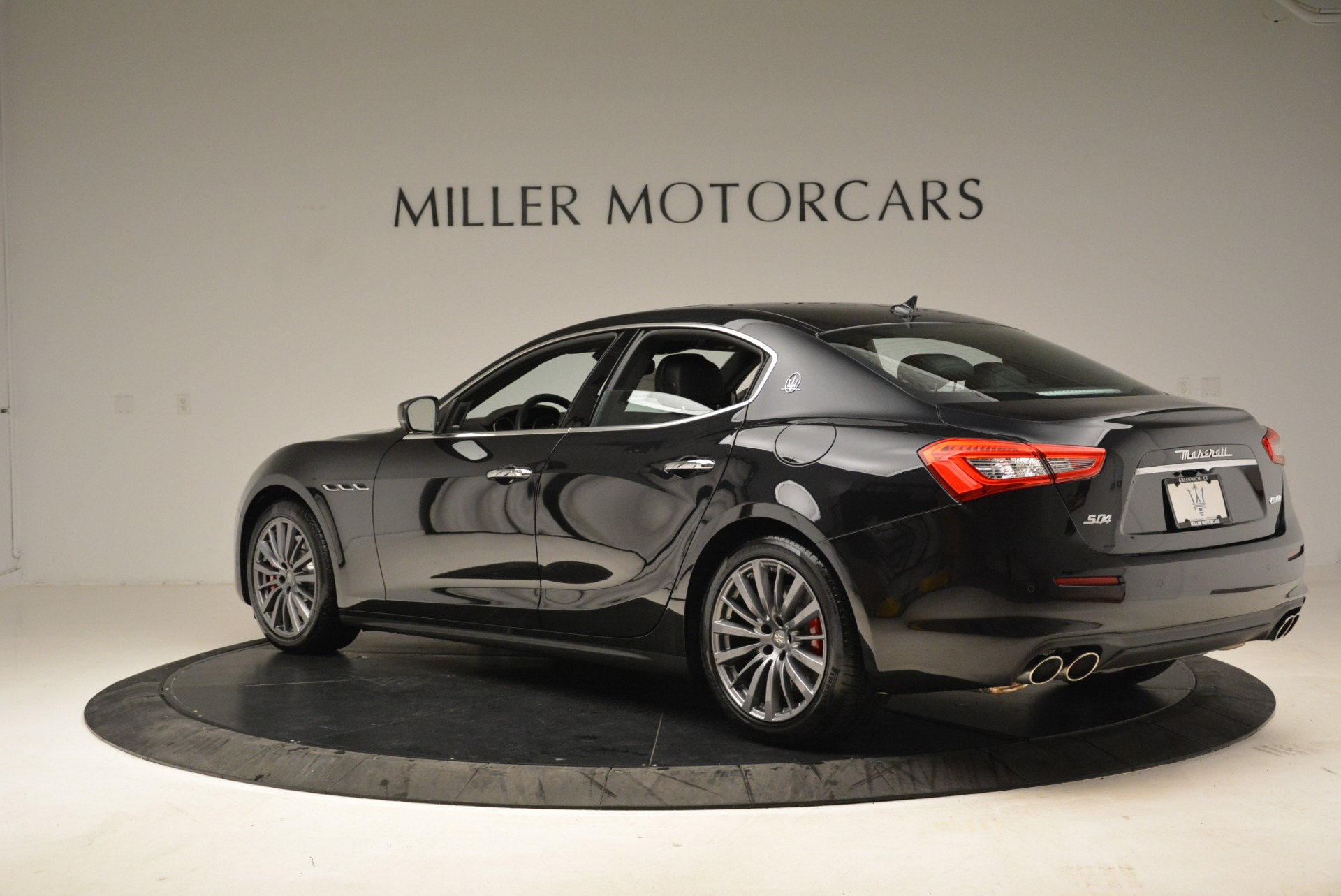 New 2018 Maserati Ghibli S Q4 For Sale In Greenwich, CT. Alfa Romeo of Greenwich, M1922 1856_p3
