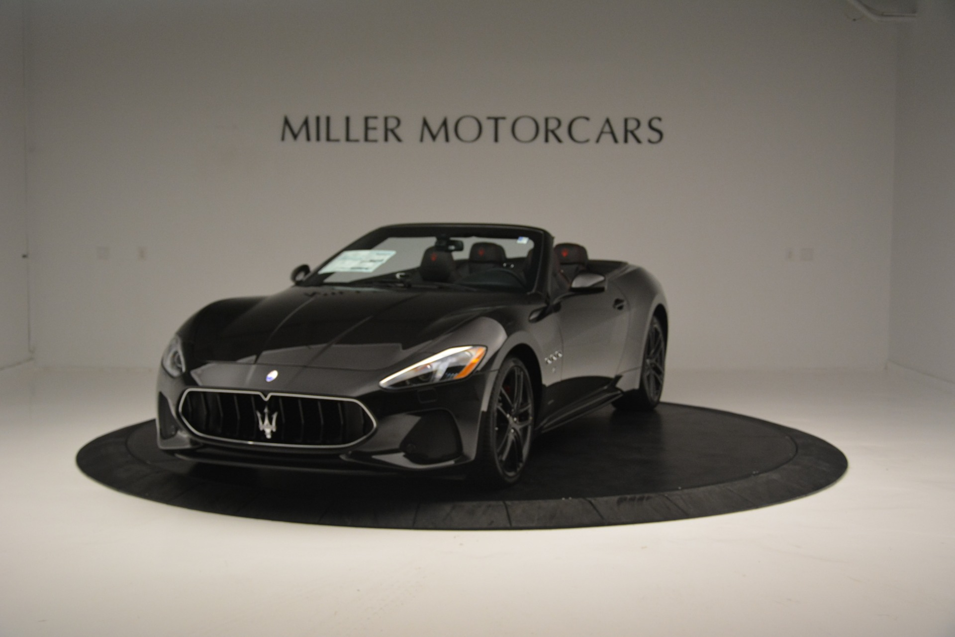 New 2018 Maserati GranTurismo Sport Convertible For Sale In Greenwich, CT. Alfa Romeo of Greenwich, M1999 1863_p15