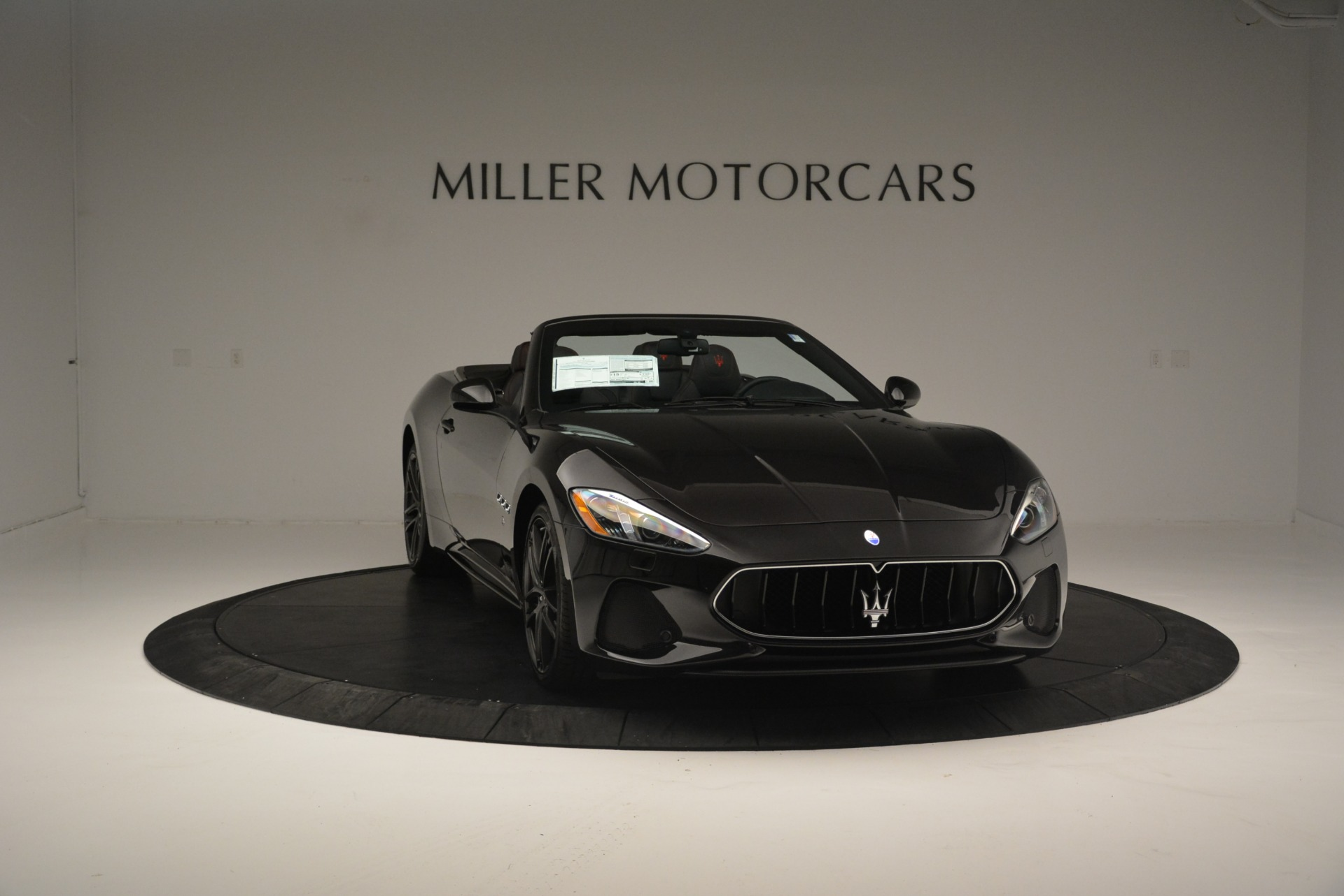 New 2018 Maserati GranTurismo Sport Convertible For Sale In Greenwich, CT. Alfa Romeo of Greenwich, M1999 1863_p26