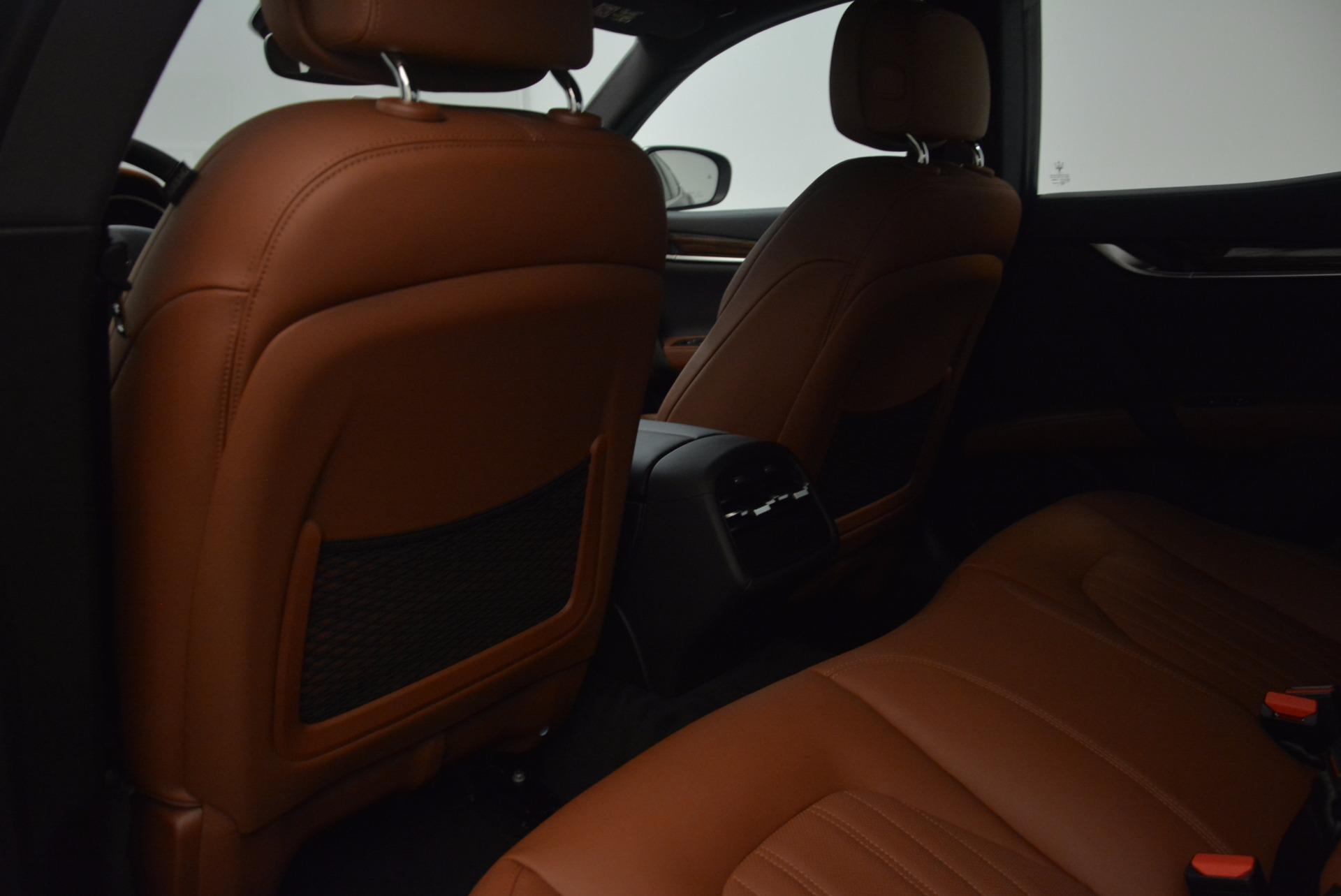 New 2018 Maserati Ghibli S Q4 GranLusso For Sale In Greenwich, CT. Alfa Romeo of Greenwich, M1989 1866_p20