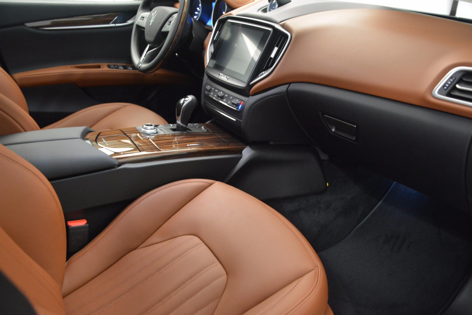 New 2018 Maserati Ghibli S Q4 GranLusso For Sale In Greenwich, CT. Alfa Romeo of Greenwich, M1989 1866_p21