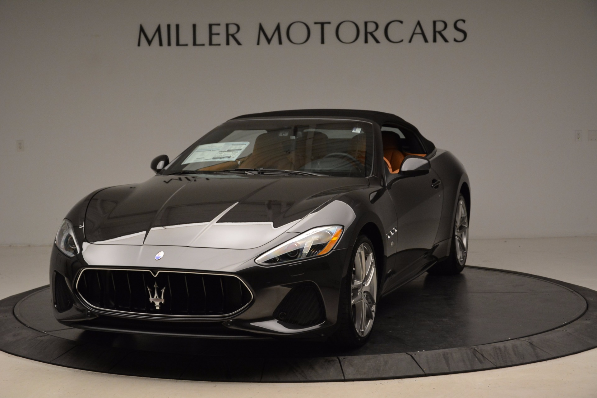 New 2018 Maserati GranTurismo Sport Convertible For Sale In Greenwich, CT. Alfa Romeo of Greenwich, W540 1869_main