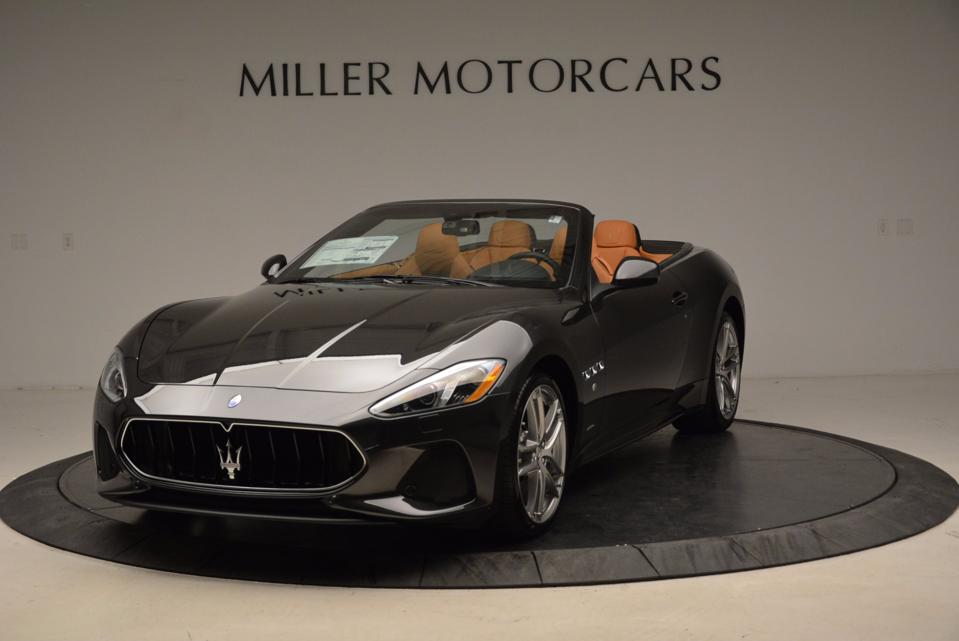 New 2018 Maserati GranTurismo Sport Convertible For Sale In Greenwich, CT. Alfa Romeo of Greenwich, W540 1869_p13
