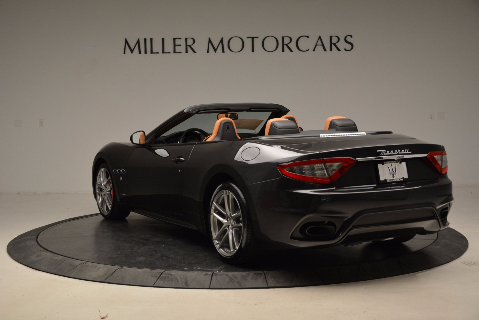 New 2018 Maserati GranTurismo Sport Convertible For Sale In Greenwich, CT. Alfa Romeo of Greenwich, W540 1869_p17